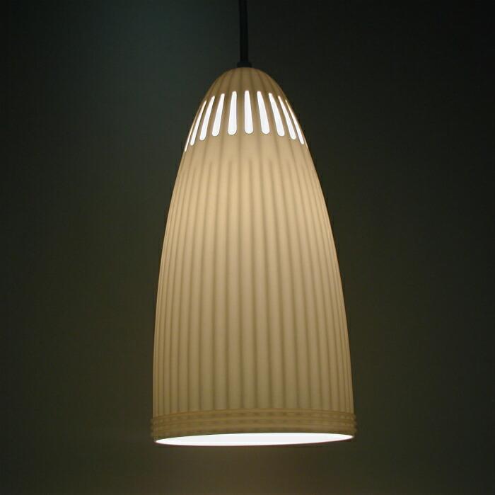 〔Flames〕サクラダ ペンダントライト ボーン・チャイナ(軟磁器)素材 天井 照明 ランプ DT-601 送料無料 キャッシュレス5%ポイント還元