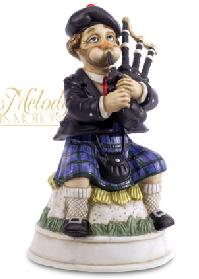 """[Entry & fun heaven cards use points 19 times] present the puppet """"Bagpipe Willie"""" featured music"""