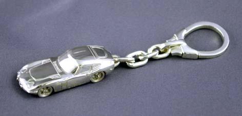 SilverCar(シルバーカー)キーホルダー・トヨタ2000GT 銀細工 ミニチュアカー スターリングシルバー 1/100スケール】 送料無料 キャッシュレス5%ポイント還元