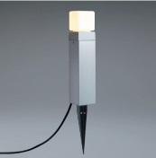 ユニソンエコルトポールライトEA0101612材質:アルミ、ガラスサイズ:幅85×高さ391(620)×奥行85ミリ重量:1.8キロ