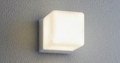 ユニソンエコルトウォールライトEA0101812シルバー材質:アルミダイカスト、ガラスサイズ:幅85×高さ85×奥行128ミリ重量:0.6キロ