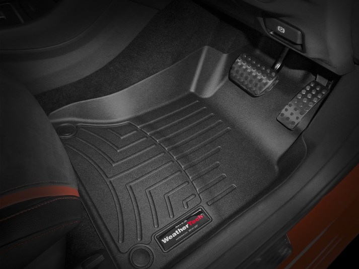 【WeatherTech/ウェザーテック正規輸入元】MERCEDES BENZ(メルセデス ベンツ) GLAクラス X156(2014~2018年)右ハンドル車 AT車用 フロアマット/フロアライナー(フロント&リア)(ブラック)