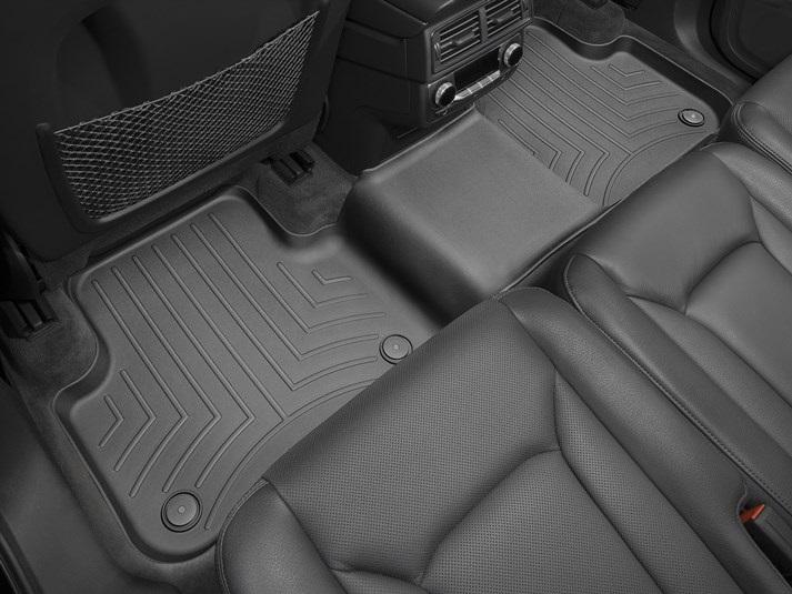 Audi(アウディ) Q7(2017年~) フロアマット/フロアライナー(リア2列目)(ブラック)