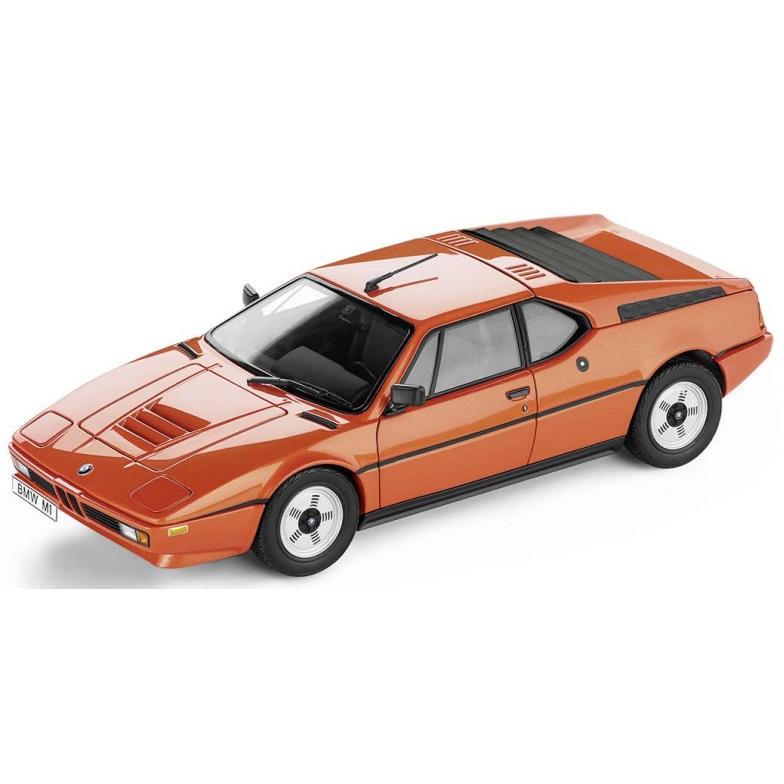 BMW ミニチュアカー Heritage Collection BMW M1(1978)(サイズ:1/18)