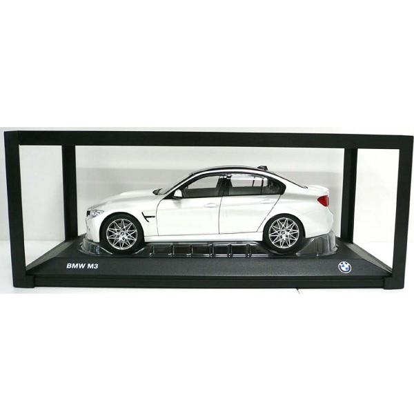 BMW ミニチュアカー M3(F80)(サイズ:1/18)(ミネラル ホワイト メタリック)