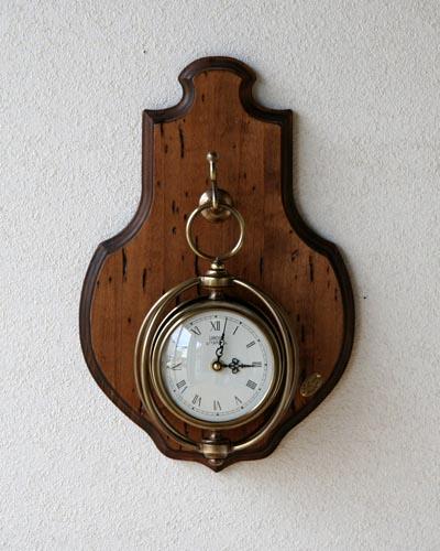古木を使ったアンティーク調掛け時計 イタリア製 古材 カントリー 壁掛け お洒落 クラシカル 温か味 木製 ブラス インテリア ヨーロピアン インテリア デザイン 店舗