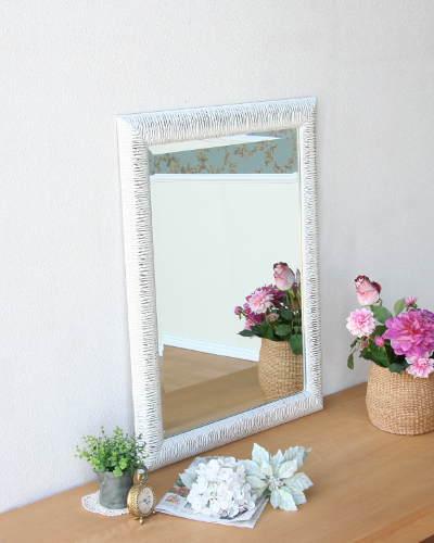 モダンやクラシックにも似合う壁掛けミラー(ホワイト/シルバー) ウォール 鏡 お洒落 ヨーロピアン インテリア デザイン 店舗 輸入 鏡張り リビング 飾り