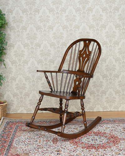座るだけでブリティッシュな気分を味わえるロッキングチェアー(板座/オーク材) 英国スタイル 木製 輸入 リビング お洒落 カントリー クラシック インテリア