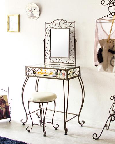 デコラティブなアイアンのアンティーク調ドレッサー(スツール付) おしゃれ 収納 寝室 1面鏡 フレンチ シャビー お化粧台 輸入 インテリア 装飾 クラシック