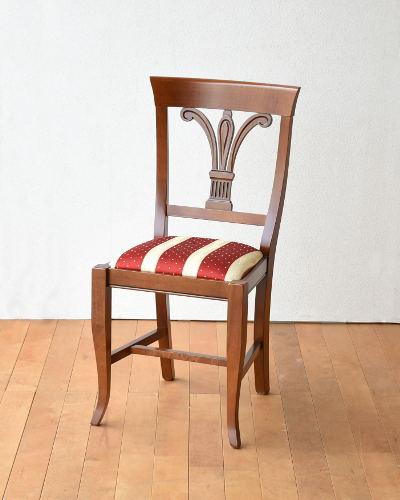 クラシカルな布張りのイタリア製ダイニングチェア 椅子 お洒落 カントリー 木製 インテリア 輸入家具 デザイン フレンチ アンティーク調 シンプル 高級