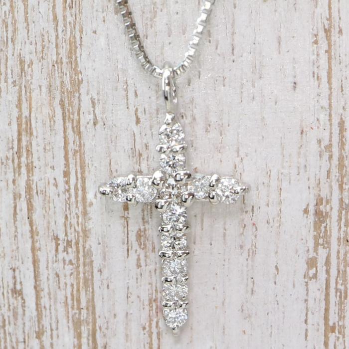 ダイヤモンドネックレス セール プレゼント 世界の人気ブランド ご褒美 クロス あす楽対応 Pt 0.10ct ネックレス ダイヤモンド