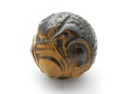 【置き石】龍 浮かし彫り丸玉 タイガーアイ 30mm 1個売り 天然石 風水 パワーストーン プチギフト 転勤 退職 お礼 母の日 敬老の日 ギフト