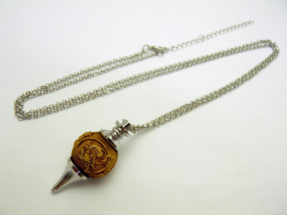 【浮彫】 風神雷神 柘植 ペンデュラム ネックレス 1個売り パワーストーン ダウジング ヒーリング