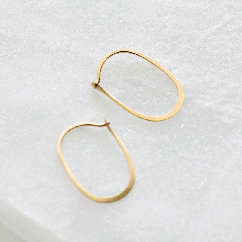 Oval Hoops Small Melissa Joy Manning 14kt Earrings P O 01 Rf