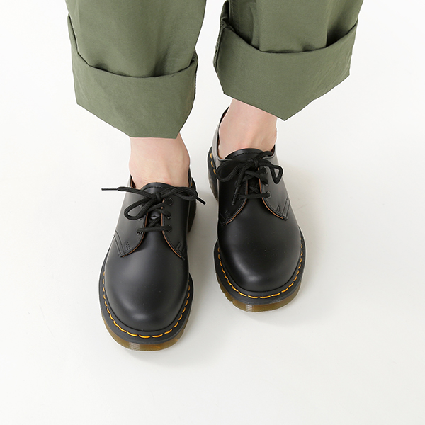good quality get online reasonable price DrMartens (doctor Martin) 3 halls mousse leather shoes