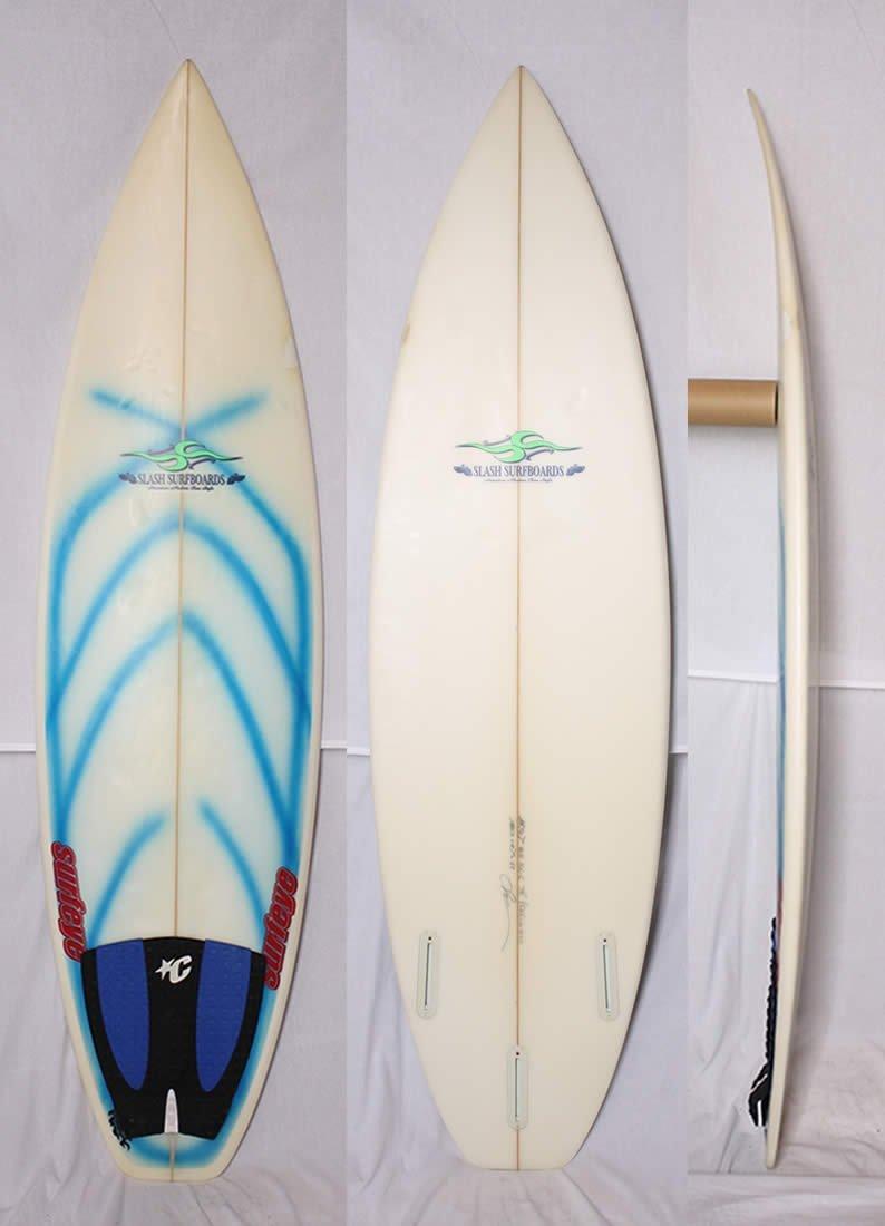 """【中古】SLASH(スラッシュ)SURF BOARDS サーフボード [クリア] 5'11"""" ショートボード FIN ・デッキパッド付(usd2140)"""