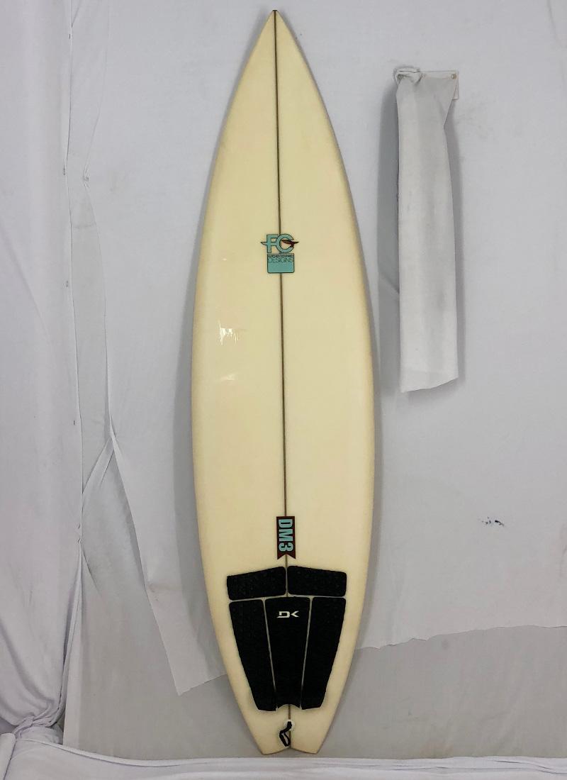 【中古】Fletcher Chouinard Designs(フレッチャー・シュイナード・デザインズ) Patagonia DM3モデル サーフボード [clear] 6'3