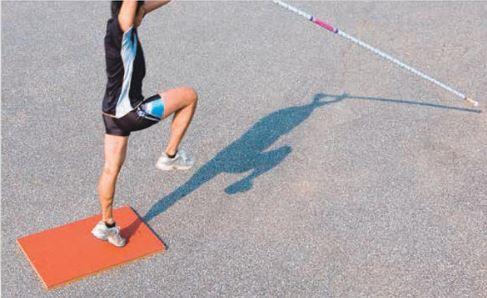 ニシスポーツ フラットボード PV 15%OFF T6905B 棒高跳 NISHI 踏切板 陸上競技 跳躍