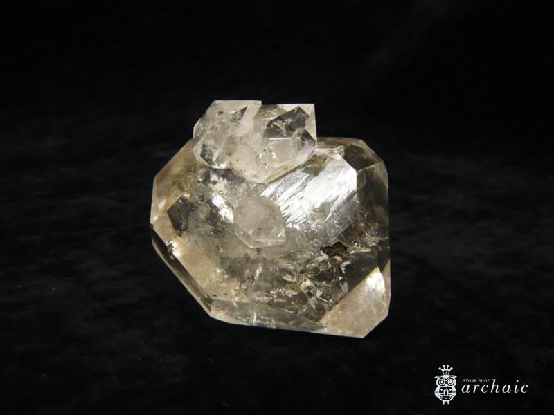 ニューヨーク州産・ハーキマーダイヤモンド