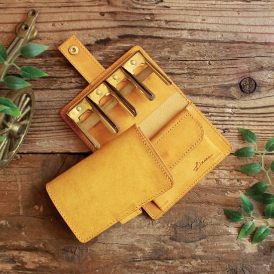【クーポンあり】LITSTA リティスタ Coin Wallet 2 金具ゴールド Yellow イエロー | pueblo プエブロ コインクリップ付き コインケース 極小財布 小さい財布 コインキャッチャー 小銭入れ イタリアンレザー メンズ レディース 人気 おすすめ おしゃれ かわいい プレゼント