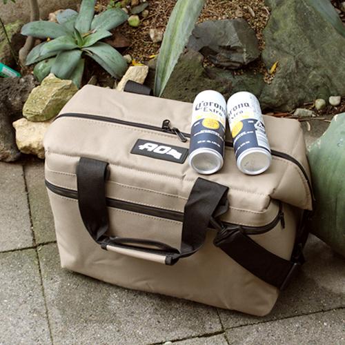 【AO Coolers 24パック キャンバス ソフトクーラー】クーラーバッグ 保冷バッグ 軽量 結露なし 持ち歩き 大容量 折りたたみ ■ 送料無料