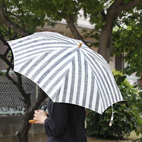 【SUR MER 日傘 リネンリゾートストライプ 太ストライプ 長傘/折りたたみ傘】シュールメール ファッション 傘 かさ カサ 折り畳み 紫外線防止加工 縞■ 送料無料