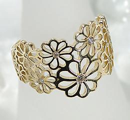 K18YG ダイヤモンド フラワー モチーフ リング可愛い ゴールド リング 人気 おしゃれ 透かし模様 花 菊 18金 指輪 幅広 大振り インパクト ダイア ダイヤモンド