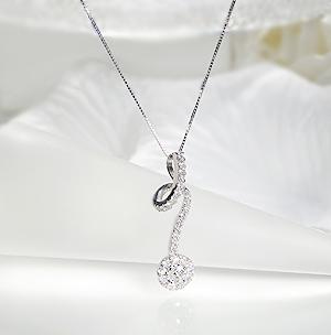 K18WG ダイヤモンドペンダントジュエリー アクセサリー ネックレス ペンダント ダイヤモンド K18 18金 フラワー 送料無料 品質保証書 代引手数料無料 プレゼント ラッピング済み