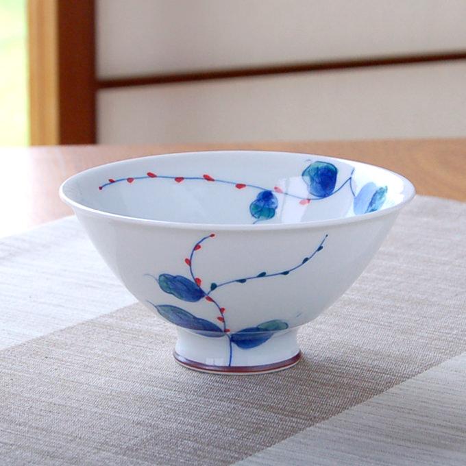 おしゃれ 有田焼 波佐見焼 の茶碗 安い 激安 プチプラ 高品質 ごはん茶碗 贈り物としてギフトラッピングも承ります 茶碗 テレビで話題 めし碗 水引き草 小