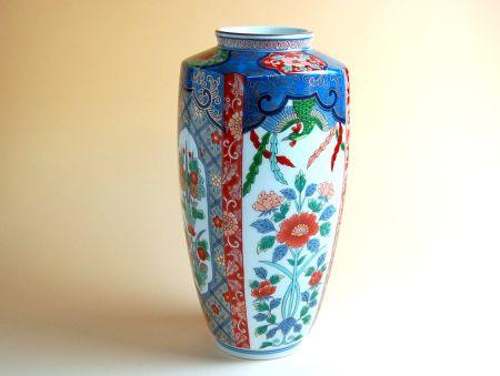 【有田焼】古伊万里草花 角花瓶【あす楽対応商品】(月~土)※13時までのご注文で翌日お届けが可能です