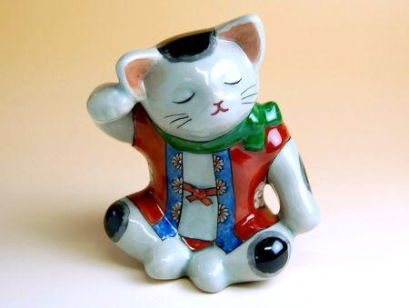 【有田焼】あぐら猫 置物【あす楽対応商品】(月~土)※13時までのご注文で翌日お届けが可能です