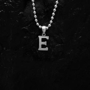 ARIZONA FREEDOM シルバーアクセサリー ペンダント トップ 【NO.105】 アルファベット トップ E (小) 素材: SV925 【AlphabetTop】