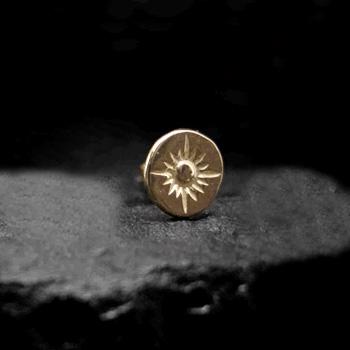 アリゾナフリーダム シルバーアクセサリー ピアス 【NO.8】 ゴールド 打込 メタル ピアス (中) 素材: K18 【Pierce】