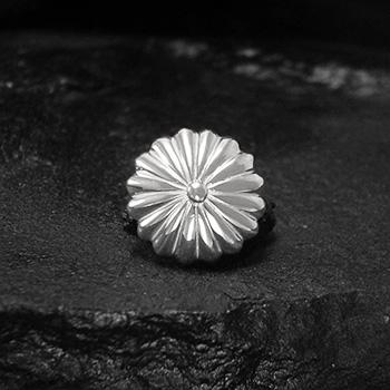 アリゾナフリーダム シルバーアクセサリー コンチョ 【NO.2】 16花弁 SV コンチョ 2cm 素材: SV925 【Concho】