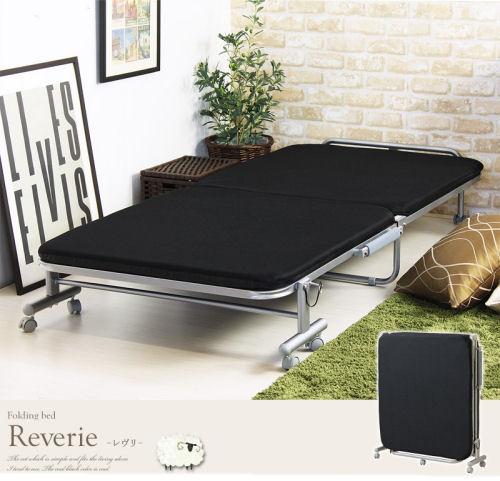 【送料無料】シンプルなデザインと省スペースなサイズ感にこだわった折りたたみベッド
