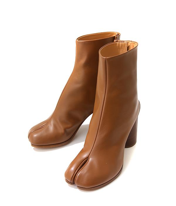 Maison Margiela / メゾン マルジェラ : 【レディース】TABI BOOTS-BROWN- / サイズ約22cm~25cm : タビ ブーツ ショートレザーブーツ ブーティー マルタンマルジェラ : S58WU0241-BRW【ANN】