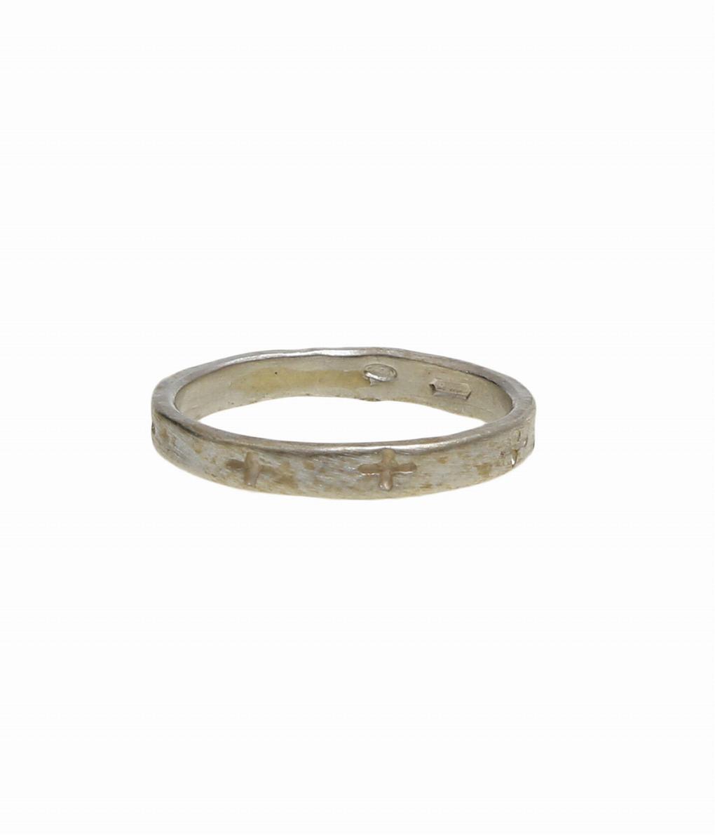 送料無料!【お買い物マラソン】【ARKnetsオータムキャンペーン開催】【正規取扱 / 3980円以上で送料無料 / 昼12時30分までの注文で即日発送】 【送料無料】m.a+ / エムエークロス : thin carved crosses ring : スィン カーヴ クロス リング 指輪 アクセサリー ヴィンテージライク 細身 上品 メンズ : AG801【RIP】