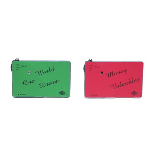 アラームで盗難防止 引き出しの大切なものやお財布等を守ります AJOKA セキュリティカードアラーム盗難防止 スリ防止 引き出しに メーカー公式ショップ 光感知でアラーム お財布に カード型アラーム お洒落