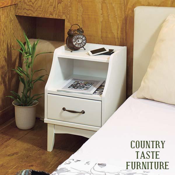 ナイトテーブル サイドテーブル アンティーク ホワイト ミニテーブル 木製 小さい カフェ テーブル コンセント付 姫 コンセント 収納棚 寝室 白 小さいテーブル おしゃれ 北欧 白家具 引き出し 収納 シンプル かわいい 幅37 高さ57 フレンチ カントリー 調 レトロ 新生活