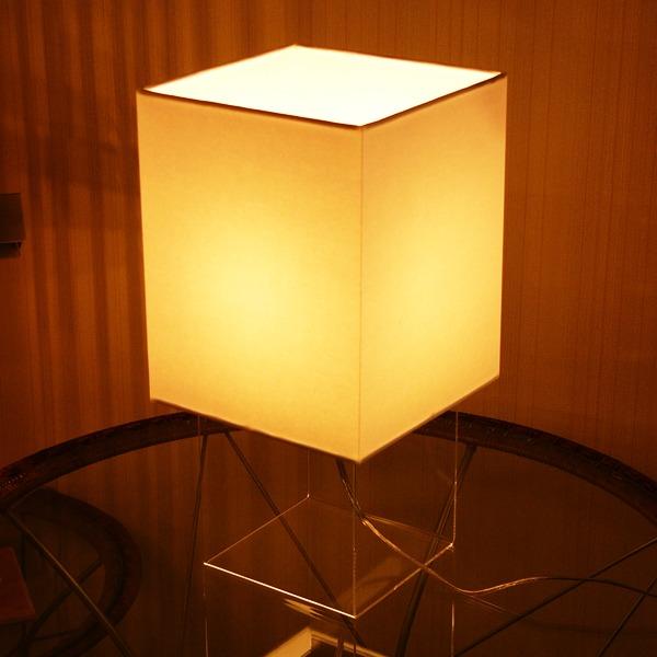 テーブルランプ モダン テーブルライト デスクスタンド 卓上 デスク 卓上ランプ おしゃれ 机 デスクライト スタンドライト 照明 ライト シェード 書斎 寝室 デスクランプ インテリア シンプル デザイン 間接照明 テーブルスタンド Sweet4 Flames