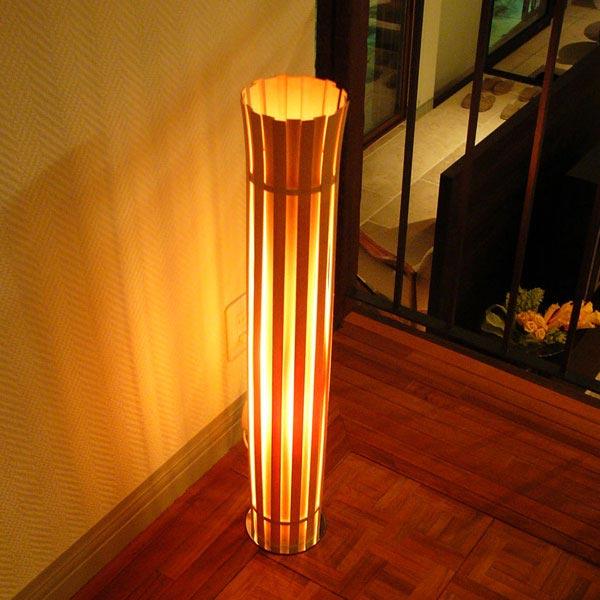 スタンドライト おしゃれ モダン 北欧 フロアライト 木 間接照明 アジアン インテリアライト 照明機器 木製 デザイン照明 おしゃれ 和モダン レトロ 和風 和室 リビング インテリア 照明 寝室  フロアスタンドライト CROWN フロアスタンド DF-020 Flames フレイムス