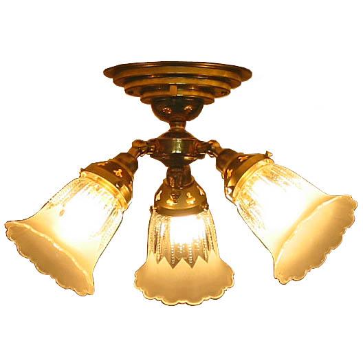 シーリングランプ リビング シーリングライト 4.5畳 4畳 6畳 3灯 アンティーク風 シーリング ライト ランプ 玄関 照明 天井照明 北欧 インテリア照明 おしゃれ ヨーロピアン アンティーク ロココ 乙女 インテリアライト 真鍮  一人暮らし 賃貸