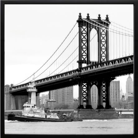 【絵画 アートパネル 壁掛け 専門店】アートフレーム/アートポスター エリン・クラークManhattan Bridge with Tug Boat(アートパネル アートフレーム アートポスター 絵画 インテリア ポスター 壁掛け)【0824カード分割】