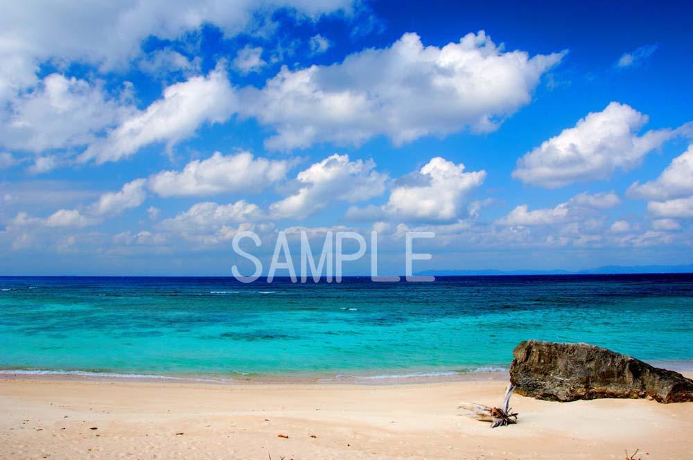 ポスター 激安超特価 人気商品 インテリア 壁飾りに美しい風景写真を ディスプレイ 模様替えに最適 2LW写真 ギフトや記念日のプレゼントなどにも 2LW-13 沖縄 波照間島の海3
