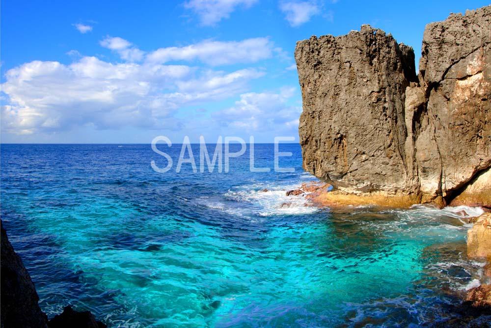 ポスター インテリア 壁飾りに美しい風景写真を ディスプレイ 模様替えに最適 北大東島の海 沖縄 ギフトや記念日のプレゼントなどにも 驚きの値段で 2LW写真 2LW-17 開店記念セール