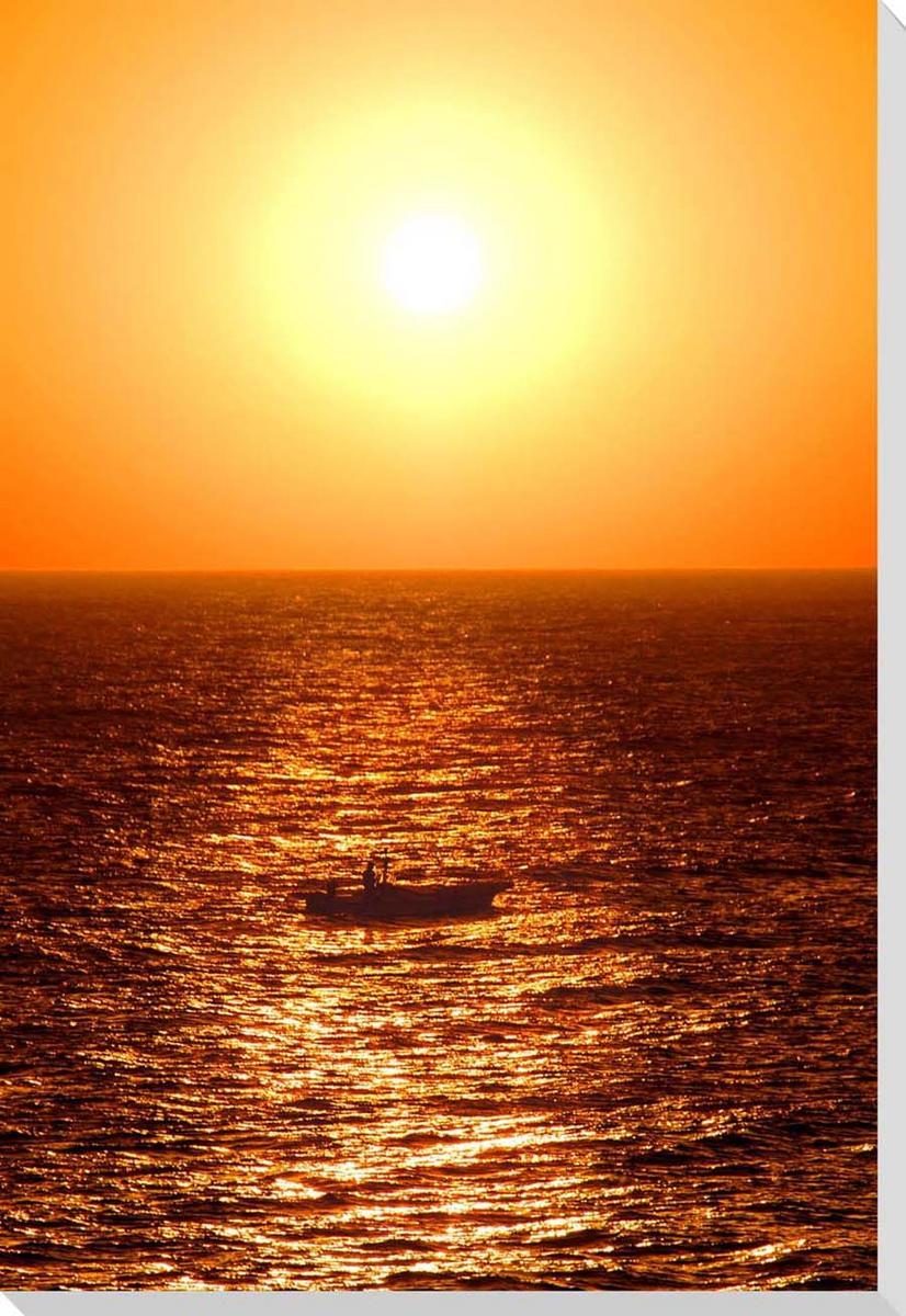 新築祝い 引っ越し祝い 結婚祝い 記念日 プレゼント ギフト 旅の思い出 風水 絵画 タペストリー 風景写真パネル 沖縄 雰囲気作り 模様替え クロス地 北大東島の海に沈む夕日と漁船 額要らず SALENEW大人気 ウォールデコ 壁掛け グラフィックアート アートパネル インテリア CLO-10-P8 豪華な 壁飾り