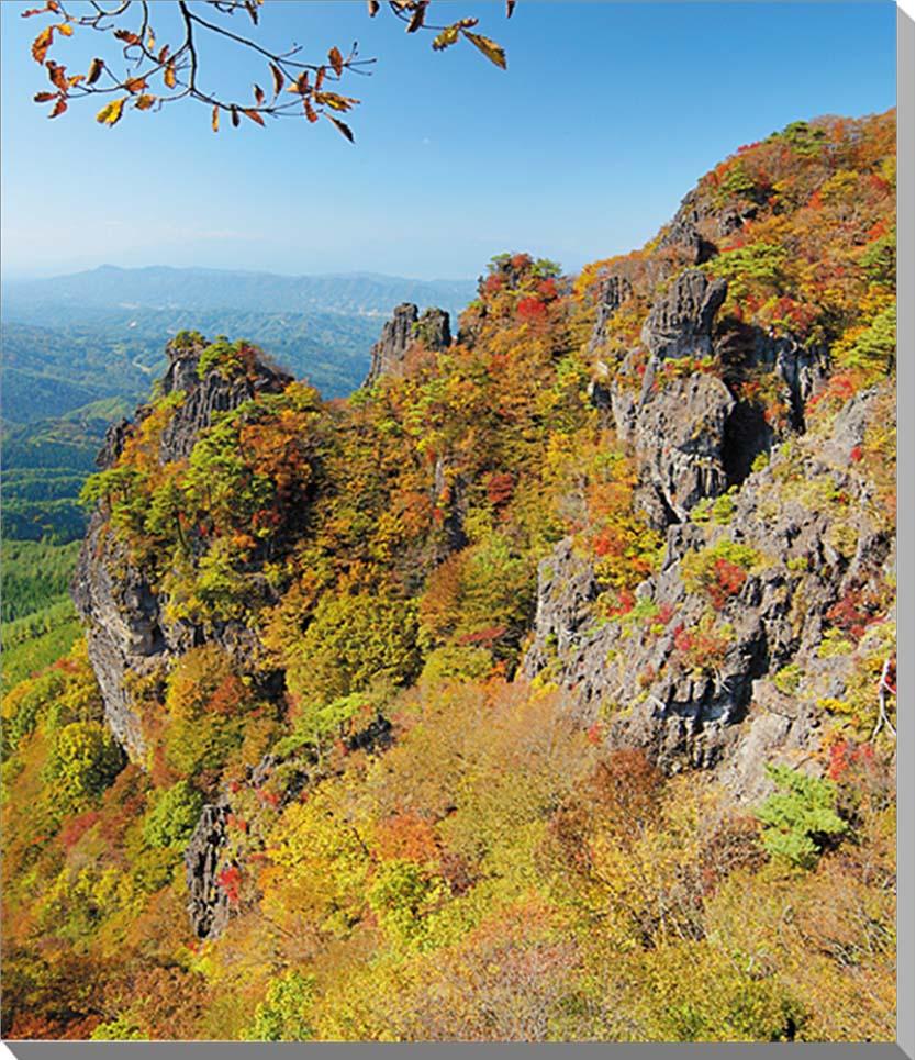 霊山 秋の紅葉 福島 風景写真パネルインテリア ディスプレイ 模様替えなどに最適。 美しいタペストリー 風景ポスター を。新築祝い 引っ越し祝い出産祝い 結婚祝い プレゼントなどにも喜ばれます。