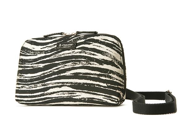 【夏SALE30%OFF】お財布バッグ 9WS-ZB04 アルティザン&アーティスト ARTISAN&ARTIST* マイクロバッグ 機能的 旅行用
