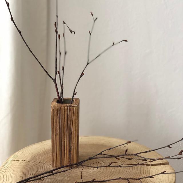 信頼 着後レビューで 送料無料 ウッドデザイン フラワーベース ショート 高さ12.5cm×5cm 花瓶 of 陶器 black art