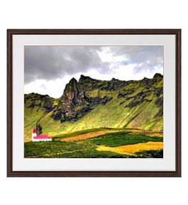 山麓ほとりの家屋 アートフレーム:色ブラウン サイズL 651×541mm 【油絵 直筆仕上げ絵画】【軽量フレーム・額表面保護板】 油彩 風景画 オリジナルインテリア絵画 風水画 壁掛け
